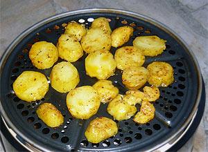 Cobb-Grill  macht auch Röstkartoffeln