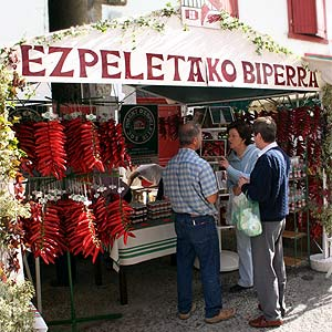 Verkaufsstand auf dem Espelette-Pepperfest
